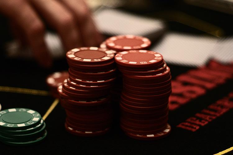 Live Caribbean Stud Poker Norge